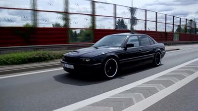 BMW E38 740iL Black Bandit